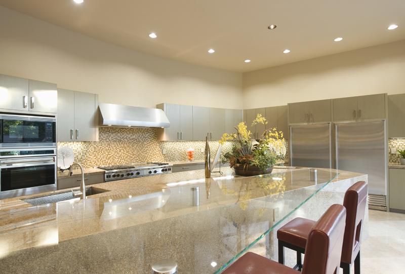 Services de vitrerie r sidentiel vitrerie optimum situ for Vitre pour table de cuisine